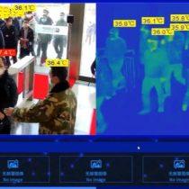 Cámara termográfica identifica a personas con fiebre en tren urbano de China