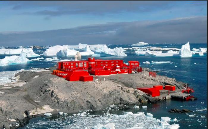 Antártica, un continente hasta ahora libre de virus pero vulnerable