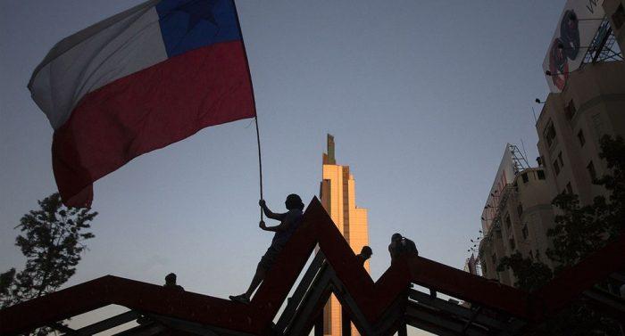 El Chile de hoy y el progresismo del mañana: desde la crisis social, a la institucional y a la pandemia