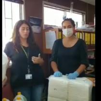 """""""El pueblo ayuda al pueblo"""": organizaciones sociales de Puente Alto entregan donaciones al Hospital Sótero del Río"""