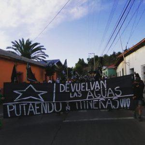 """Putaendo no se rinde contra proyecto minero: dirigenta social acusa que """"estamos sitiados por carabineros y militares"""""""