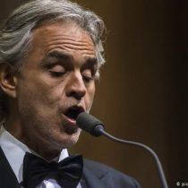 Concierto online: Andrea Bocelli llena la catedral de Milán de música y esperanza