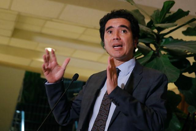 Crisis económica y sanitaria: Gobierno prepara nuevo paquete fiscal para ayudar a trabajadores independientes e informales