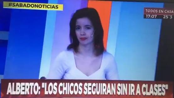 """""""Vuelve el fútbol sin tiros libres ni corner para evitar aglomeraciones"""": coronavirus provoca divertido momento en la televisión argentina"""