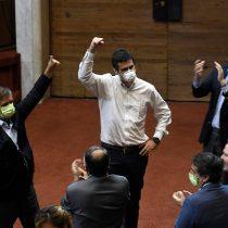 Oposición en el suelo y dividida: con vuelco en la votación derecha gana la testera de la Cámara de Diputados