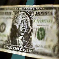 Dólar cierra a la baja por quinta jornada consecutiva y se encamina a peor semana en un mes