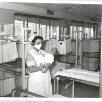 Parir en tiempos de coronavirus: por qué en el Sistema de Salud español solo se puede dar a luz en hospitales