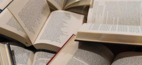 Latinoamérica #LeeEnCasa: Un abrazo de escritoras y escritores para un continente en cuarentena
