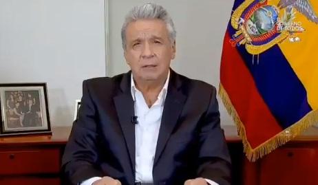 Presidente de Ecuador anuncia reducción del 50% de su salario y el de su gabinete