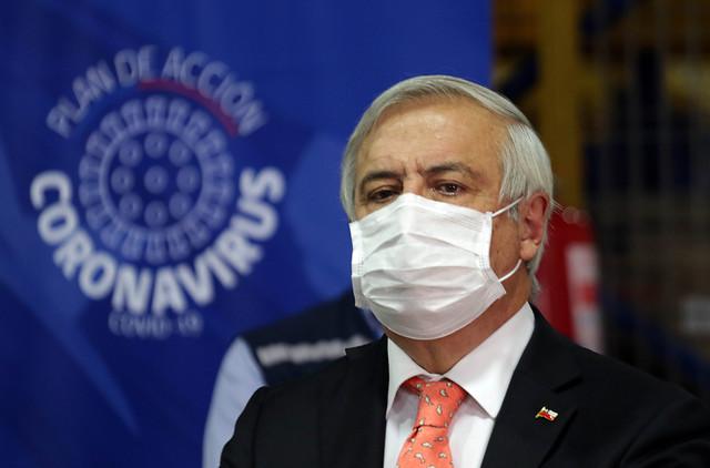 """Otra vez Mañalich en picada contra los alcaldes: ministro asegura que cuando piden cuarentenas totales """"no saben del daño que están hablando"""""""