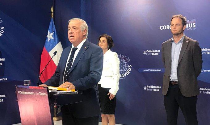Mañalich da nuevo informe: hay otros 4 fallecidos por el coronavirus en Chile y la cifra de víctimas fatales se eleva a 16