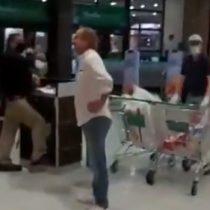 Funan a hombre que no llevaba mascarilla en supermercado de Las Condes pese a ser una ordenanza municipal