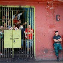 Académico de derecho penal de la U. de Valparaíso advierte estrés carcelario tras instrucción de Gendarmería de prohibición total de visitas