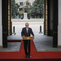 """Piñera intenta aterrizar la nueva apuesta del Gobierno del Retorno Seguro: """"Apunta a enfrentar con eficacia ambas crisis, la sanitaria y la social"""""""