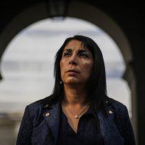 """Karla Rubilar por quienes no respeten la barrera sanitaria: """"Los vamos a hacer pasar malos ratos"""""""