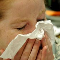 Estudio chileno sobre Covid-19 determinó que microgotas de estornudos pueden viajar hasta 11 metros