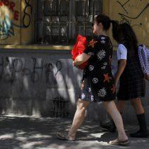 """Alcaldes insisten al ministro Figueroa que """"no existe posibilidad"""" de retorno a clases al menos """"de manera presencial"""" en abril"""