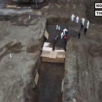 Fallecidos se acumulan en Nueva York: autoridades ordenan uso de fosas comunes