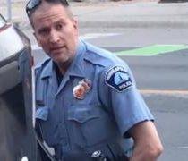 Detienen al policía implicado en la muerte de afroamericano en EEUU