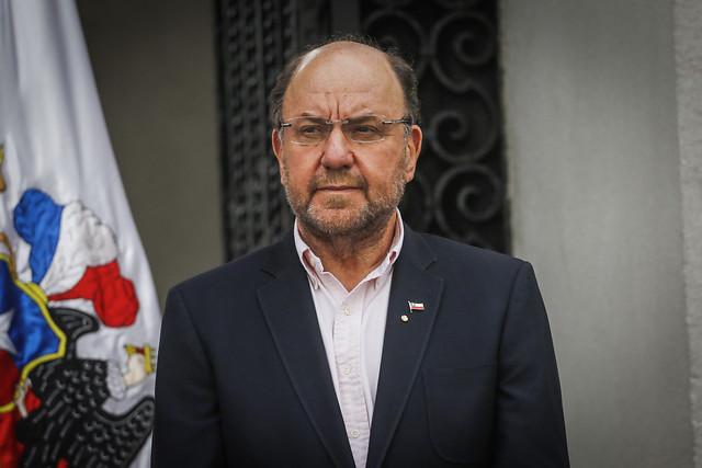 Ministro Moreno anuncia rebaja de tarifas en autopistas de la Región Metropolitana y obliga a las concesionarias a devolver lo cobrado en exceso