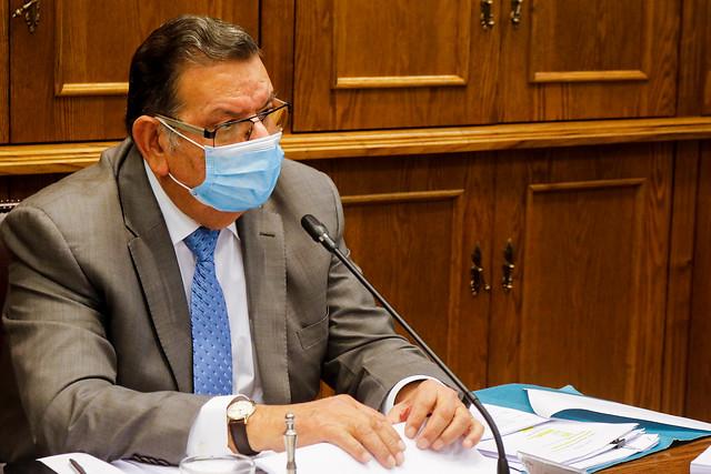 Senador Quinteros (PS) en picada contra la banca: