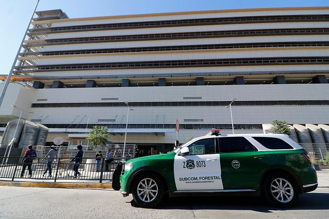 Paciente cayó del sexto piso del Hospital Gustavo Fricke en Viña del Mar: estaba internado y era sospechoso de Covid-19