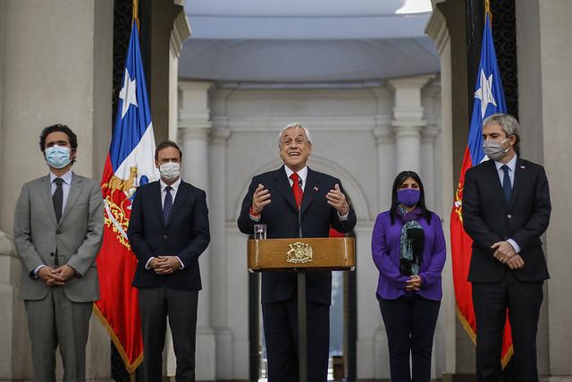 Fundación Chile Movilizado emplaza a las autoridades por el manejo de la crisis sanitaria:
