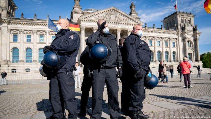 Promedio de nuevos contagios por infectado sigue por encima de 1 en Alemania