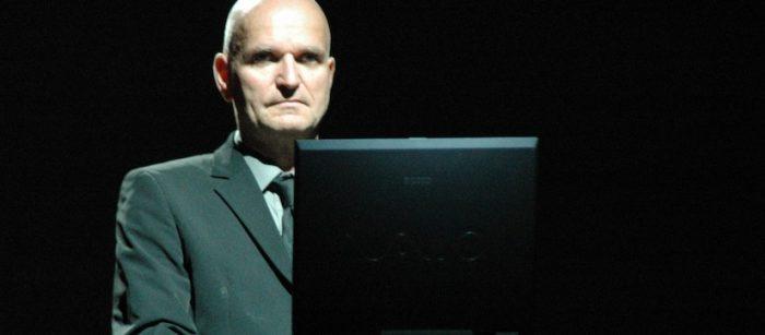 """Muere Florian Schneider: fundador de """"Kraftwerk"""", banda alemana pionera de la música electrónica"""