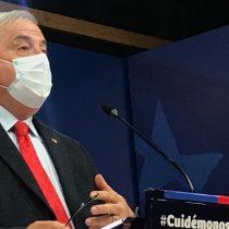 Mañalich califica de falsas informaciones sobre fallecidos por coronavirus y evita polémica con el Colegio Médico