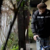 Contagios en residencias para adultos mayores, la vulnerabilidad de Chile a cara descubierta