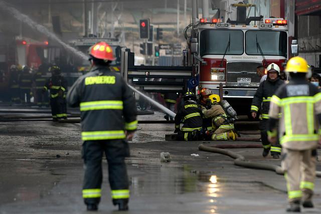 Se calma el incendio: reducción presupuestaria a Bomberos será menor tras acuerdo con el Gobierno