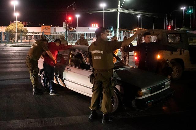 Carabineros notifica más de 6 mil detenciones sanitarias y surgen primeros indultados reincidentes
