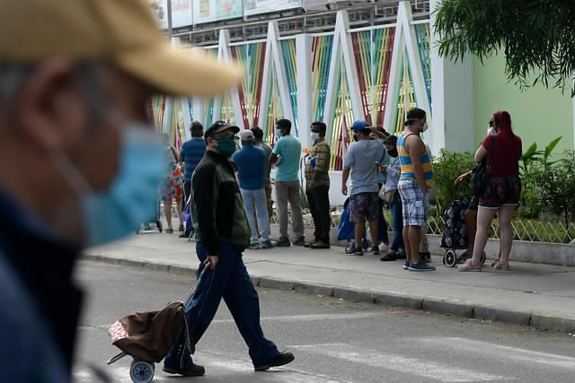 Encuesta Pulso Ciudadano: 84,4% a favor de cuarentena totalen todo Chilepara controlar el coronavirus