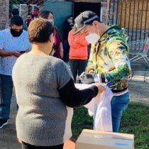 Esteban Paredes realizó importante donación de alimentos a vecinos de Cerro Navia