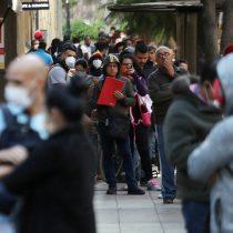 """El más pesimista del mundo: el 84% de los chilenos cree que el país está siendo conducido en la """"dirección equivocada"""""""