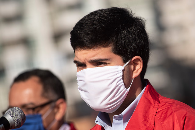 Otro ministro en cuarentena preventiva: Julio Isamit de Bienes Nacionales