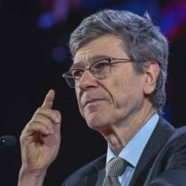 El oscuro pronóstico del influyente economista Jeffrey Sachs: