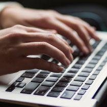 Ministerio de Ciencia organiza discusión sobre la Política de IA vía online