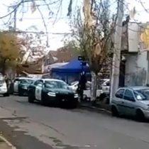 Vecinos de La Granja acusan que Carabineros botó olla común y detuvo a seis personas
