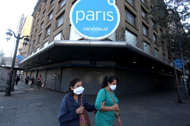 Trabajadores de Paris tras decisión de Cencosud: