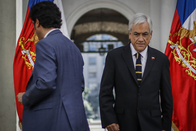 Economista refutan a Piñera y Briones: