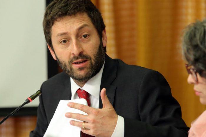 Diputados UDI le solicitan al Ejecutivo reducir temporalmente el IVA a un 17%
