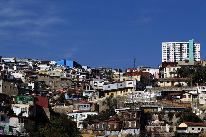 Investigadores de cuatro universidades critican medidas económicas del Gobierno para Valparaíso