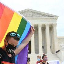 Por qué es histórico el fallo de la Corte Suprema de EE.UU. que prohíbe la discriminación en el trabajo de personas homosexuales y trans ( y por qué es un revés para Trump)