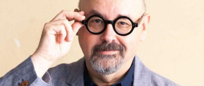 """Muere el escritor Carlos Ruiz Zafón, autor de la aclamada """"La sombra del viento"""""""