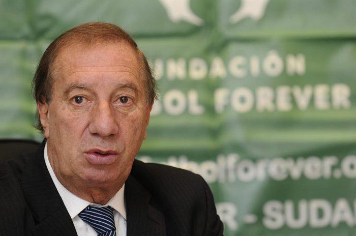 Bilardo, el DT campeón mundial con Argentina en 1986, da positivo de coronavirus