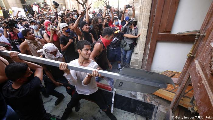 México: disturbios por muerte de joven detenido supuestamente por no usar mascarilla
