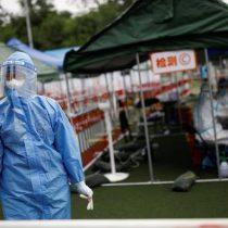 Rebrote de COVID-19 causa confinamiento de 500.000 personas en China