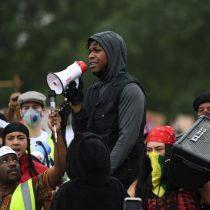 """""""Las vidas de los negros siempre han importado"""": Actor de tercera trilogía de """"Star Wars"""" participó activamente de manifestación en Londres contra el racismo"""